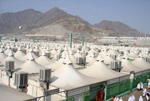 اعزام 34 زائر بیمار در قالب کاروان وقوف اضطراری برای انجام اعمال حج