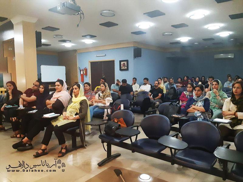 بازآموزی تورلیدرهای خبرنگاران