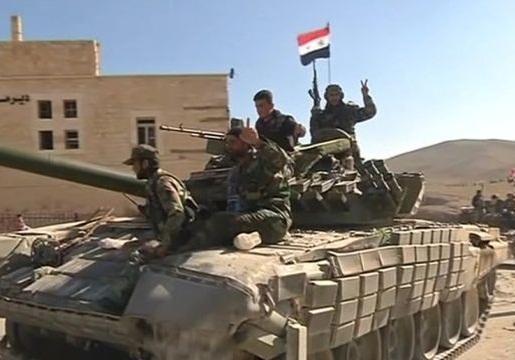 درگیری شدید ارتش و تروریست ها در فرودگاه خان شیخون سوریه