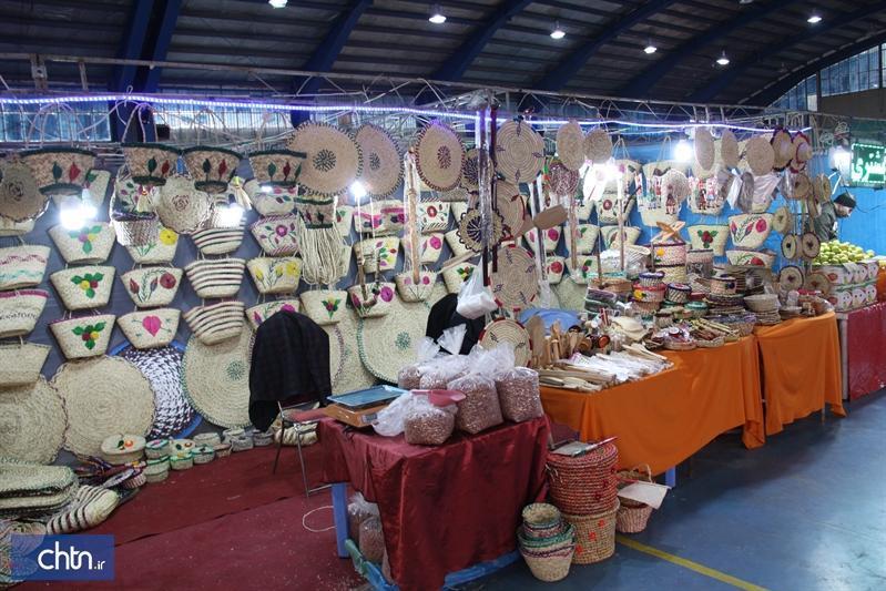فروش 2میلیارد و 200میلیون ریالی هنرمندان در نمایشگاه صنایع دستی استان سمنان