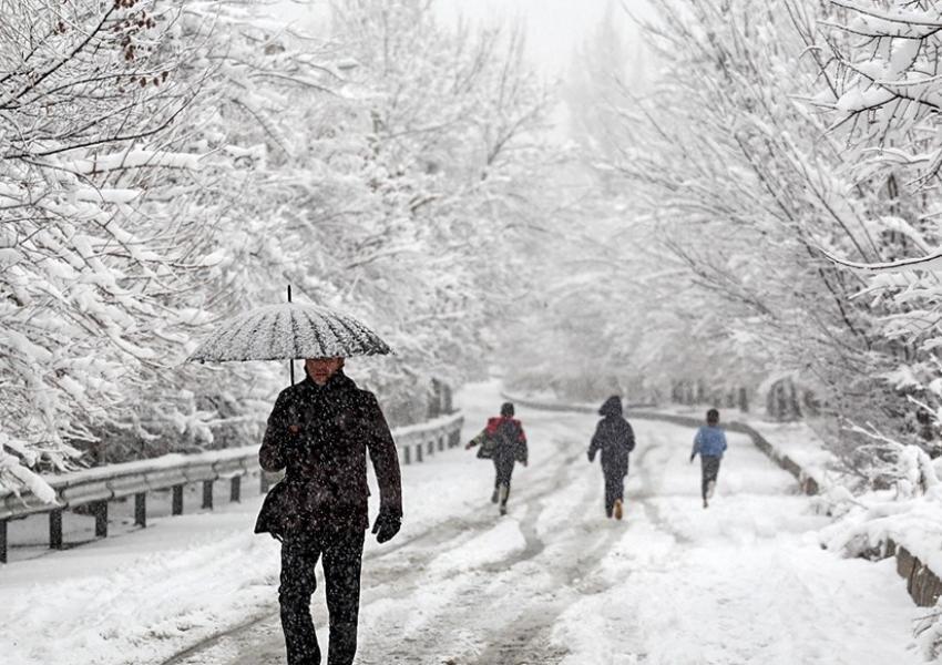 فیلم ، ادامه بارش ها در تهران و 5 استان دیگر ، امشب یخبندان می شود