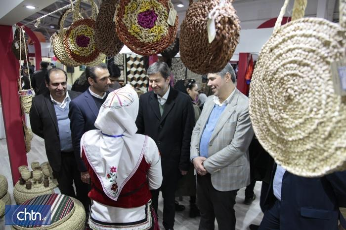 استفاده از صنایع دستی در المان و مبلمان شهری استان گلستان