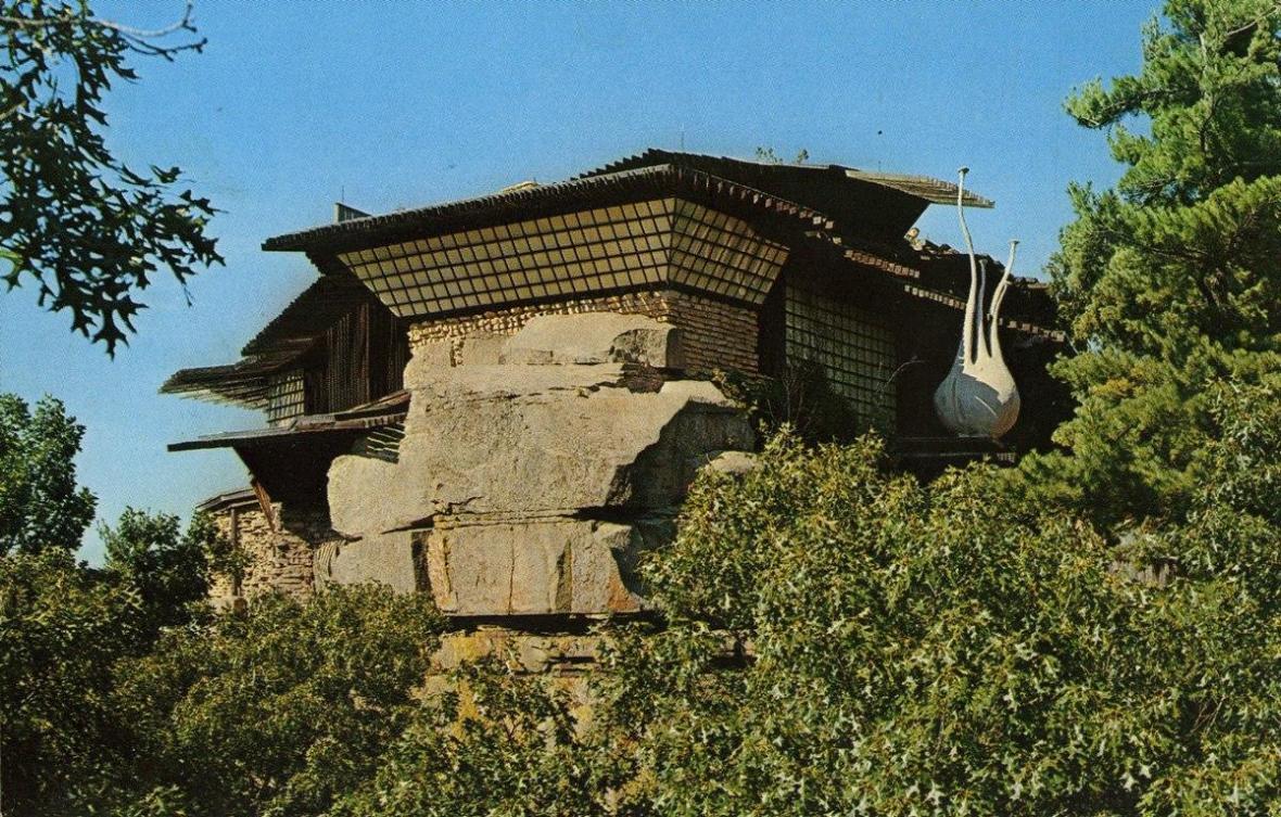 عظیم ترین چرخ و فلک داخلی دنیا در خانه ای صخره ، عکس