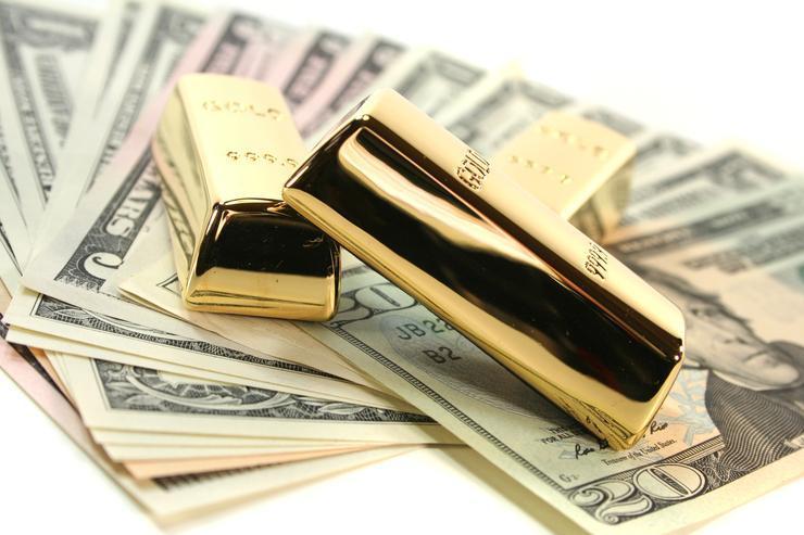 احتمالات بازارهای دلار و طلا ، اخباری که بازارها را متاثر خواهد نمود
