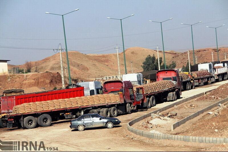خبرنگاران تمامی واگن های کالای صادراتی متوقف در اینچه برون به ترکمنستان رسید