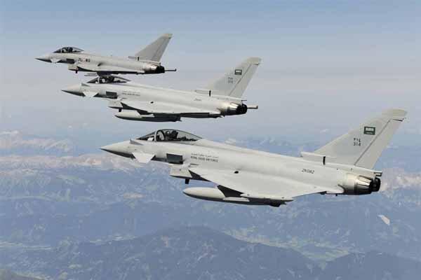 بمباران مناطقی از استان البیضاء یمن از سوی جنگنده های سعودی