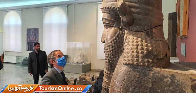 بازدید مدیرکل آژانس انرژی اتمی از موزه ملی ایران