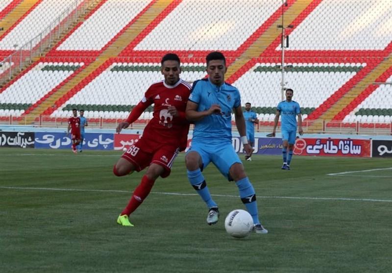 فخرالدینی: قهرمانی در جام حذفی کمترین حق تراکتور بود، یک فصل دیگر قرارداد دارم