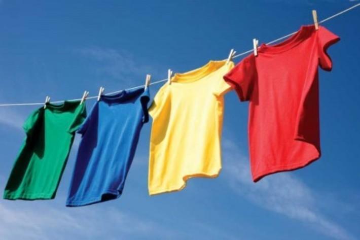 روش خشک کردن لباس های شسته شده (در داخل خانه)