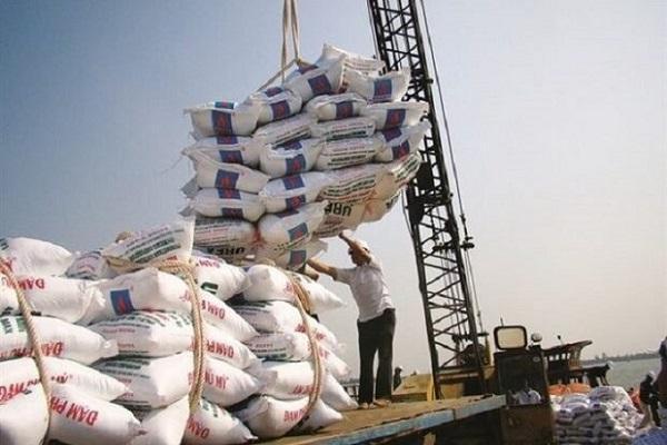 ممنوعیت واردات برنج برداشته شد، دپوی 200 هزار تن برنج در گمرکات