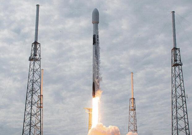 60 ماهواره استارلینک به مدار زمین ارسال شد