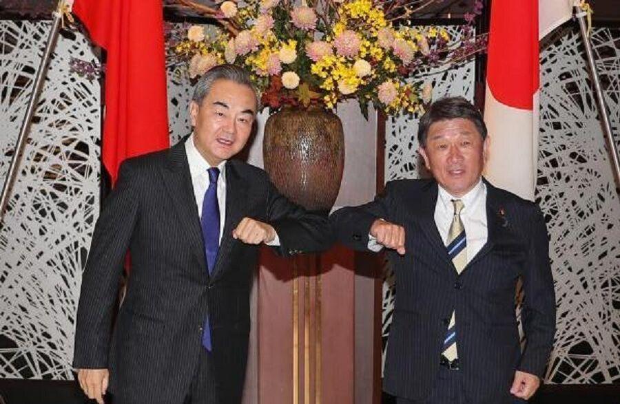 خبرنگاران توافق ژاپن و چین برای همکاری؛ اختلافات دریایی همچنان پابرجا