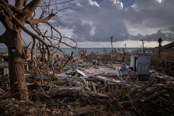طوفان لوتا به کلمبیا هم رسید (عکس)