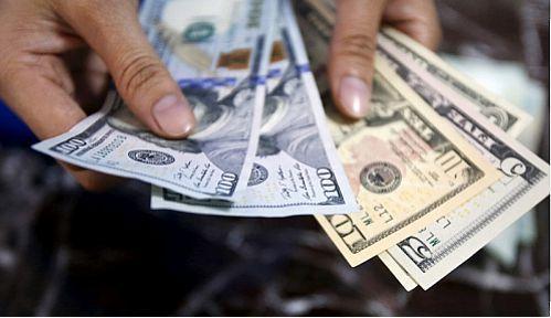 ثبات قیمت دلار پس از گذراندن بدترین ماه از جولای
