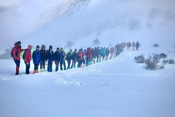 رئیس فدراسیون کوهنوردی: ارتفاع برف پس از ریزش بهمن 15 متر شده، هنوز 2 کوهنورد مفقودند