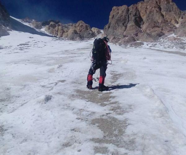 یخچال دره یخار در دماوند، عکس
