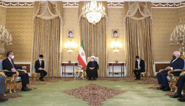 اولین واکنش روحانی به قرارداد ایران و چین ، در جلسه روحانی و وزیر امور خارجه چین چه گذشت؟