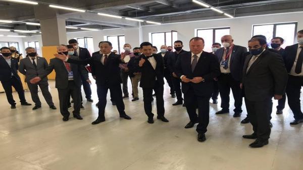 ماریوس ویزر آموزشگاه جودوی آسیای مرکزی را افتتاح کرد