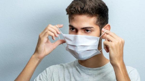 خلاقیت یک مغازه دار اصفهانی و دعوت مشتریانش به استفاده از ماسک