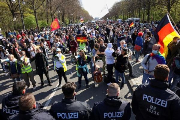 درگیری پلیس آلمان با معترضان کرونایی