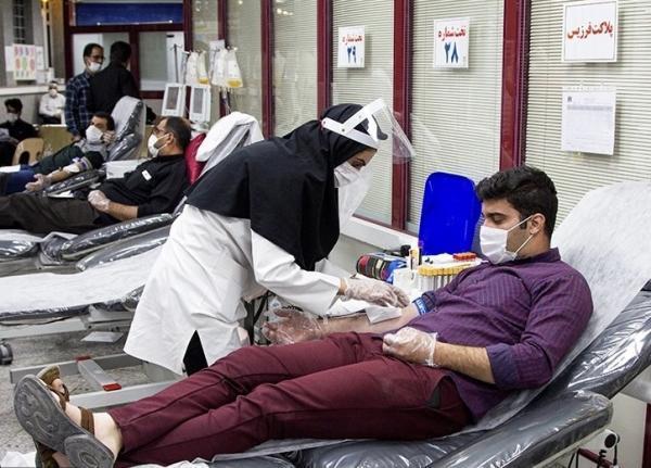 دانشجویان دانشگاه علوم پزشکی دزفول اقدام به اجرای پویش اهدای خون کردند